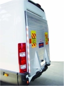 Tail-lift for panel vans - 4 cylinders